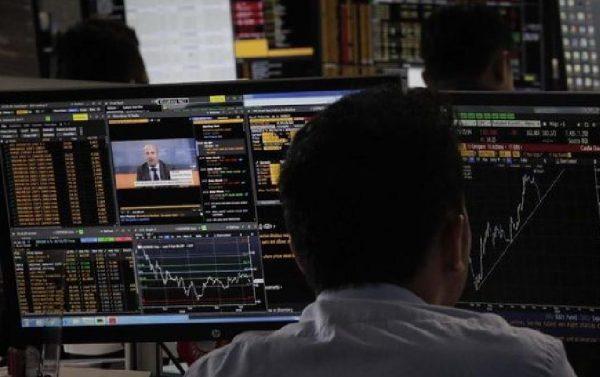 Melirik Saham Blue Chip Jelang Kesepakatan Dagang AS-China